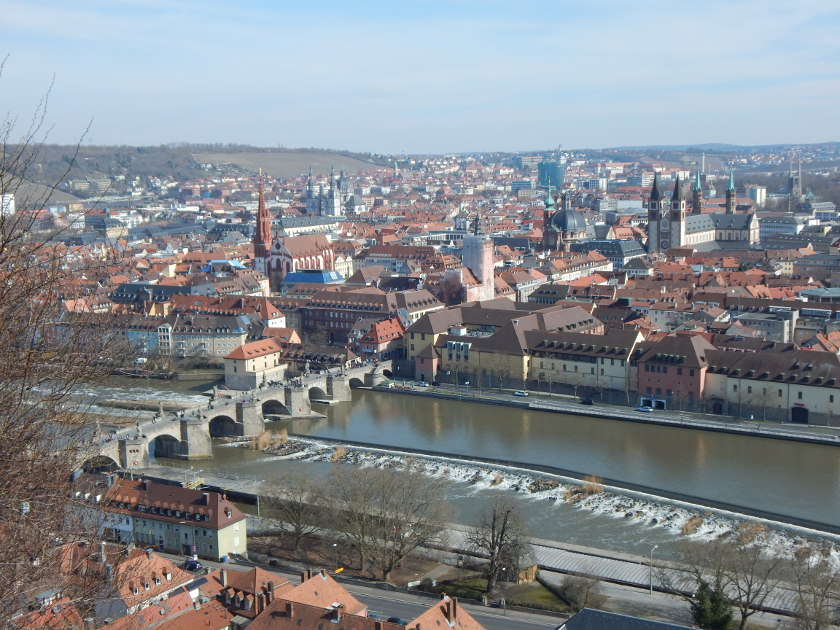 Blick auf Würzburg von der Festung Marienberg.