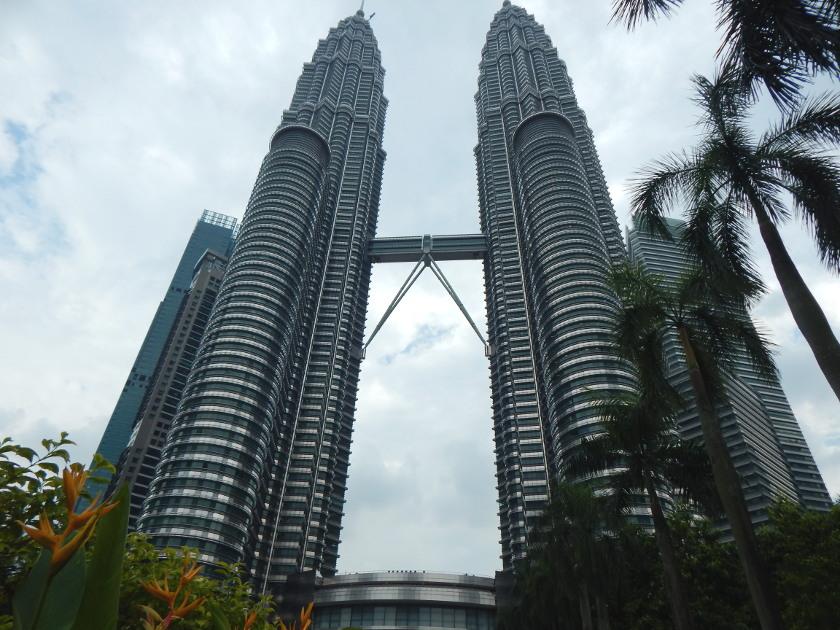 Das Wahrzeichen der Stadt, Die Petronas Twin Towers in Kuala Lumpur, Malaysia.
