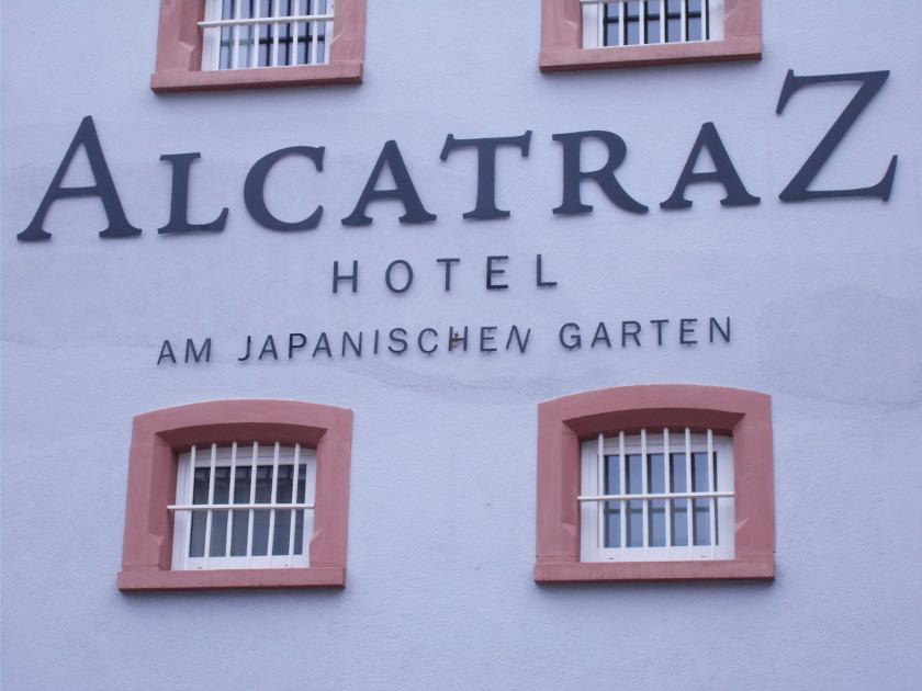 verrückte Übernachtungen, das Gefängishotel in Kaiserslautern.