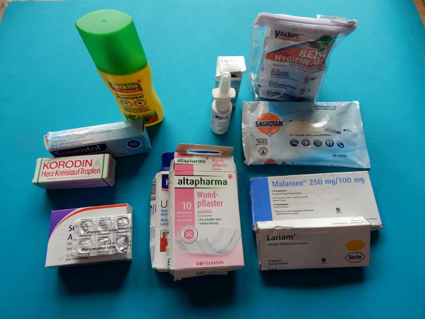 Reiseapotheke, Medikamente die mit in den Urlaub sollten.